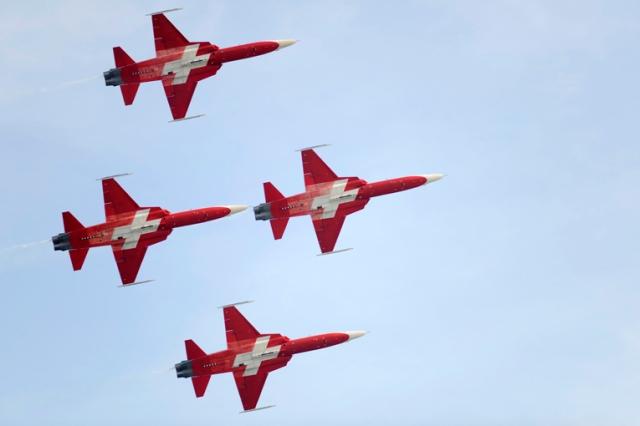 patrouille suisse 04
